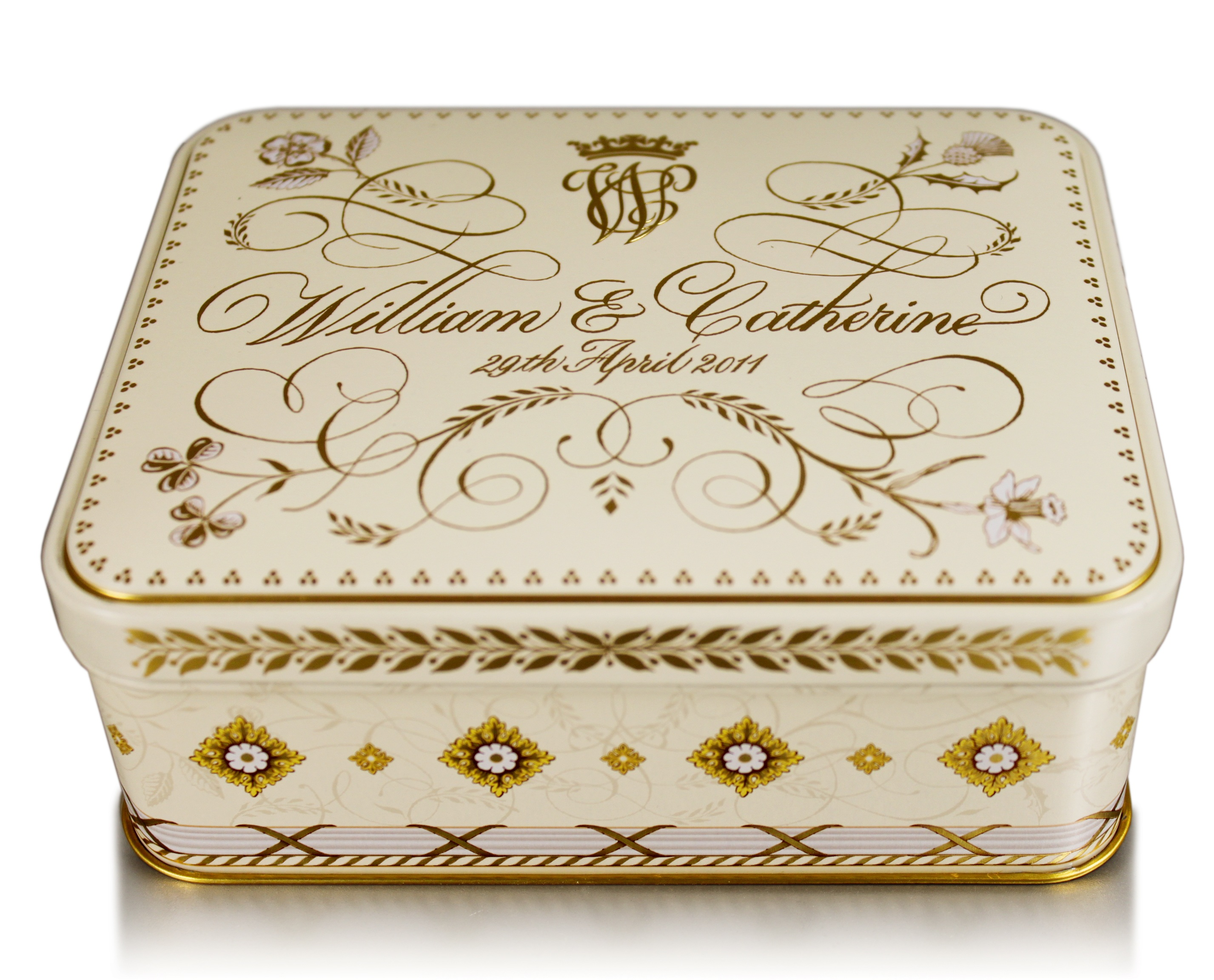 william and kate wedding cake tin special commission for crown at the royal wedding crown 27488