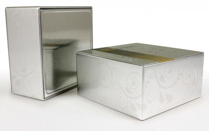 Metallic promotional packaging with seated ends